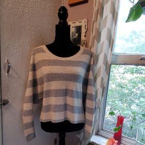 VS striped bat sleeve sweater